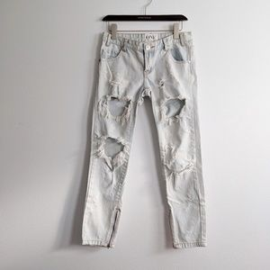 One Teaspoon Distressed Light Wash Jeans Size 25